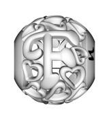 Letra F corazones